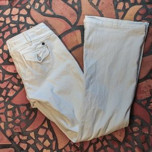 Lucky Brand White Jeans Size 8/29 Flare Low rise